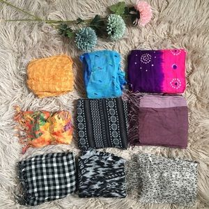 Lot of 9 scarves